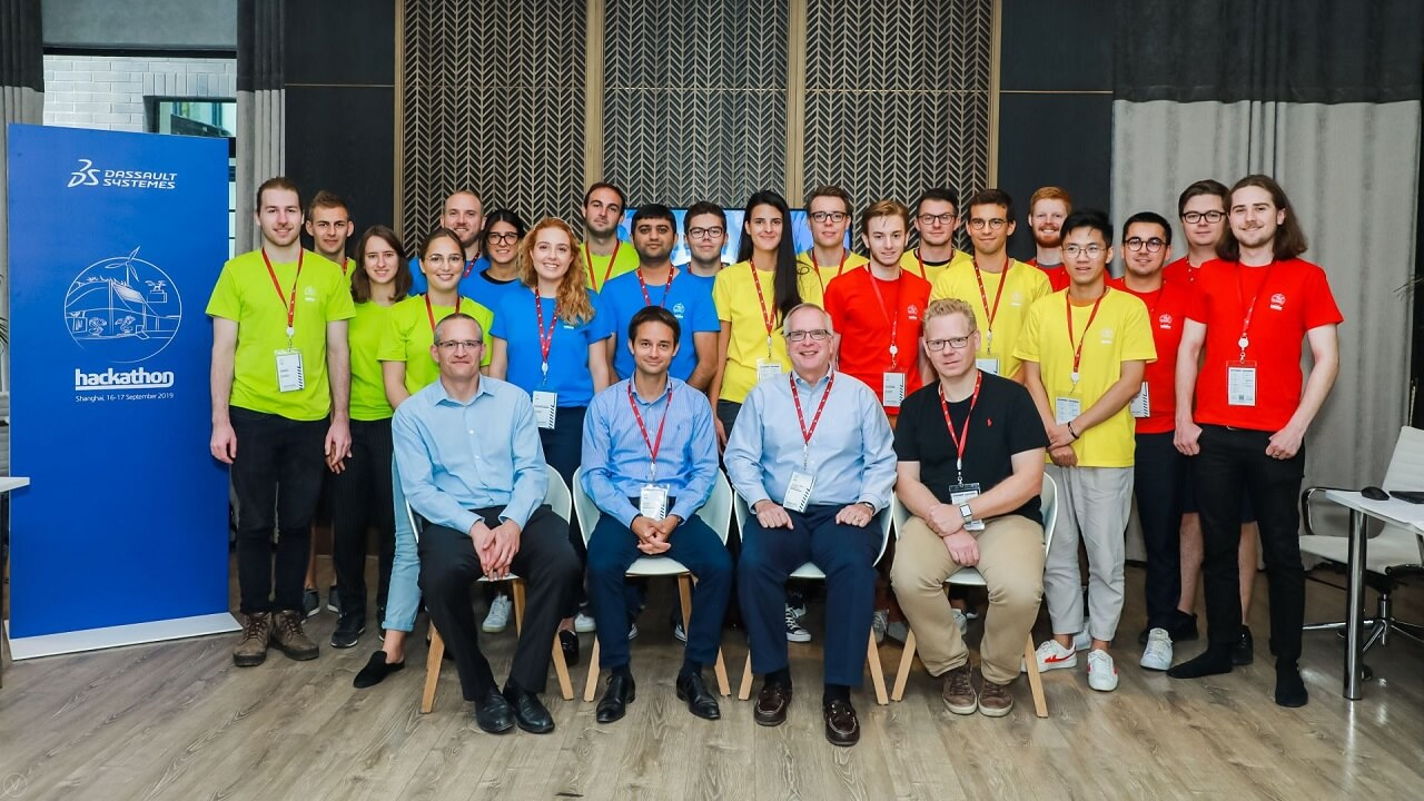 Manufacturing in the Age of Experience 2019 - Team photo > Image > Dassault Systèmes®
