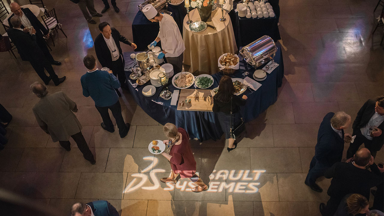 Science in the Age of Experience 2019 - Guests at lunch > Image > Dassault Systèmes®