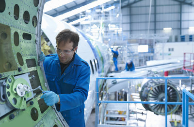 Simulation of physical processes > Airplane manufacturing > Dassault Systèmes®